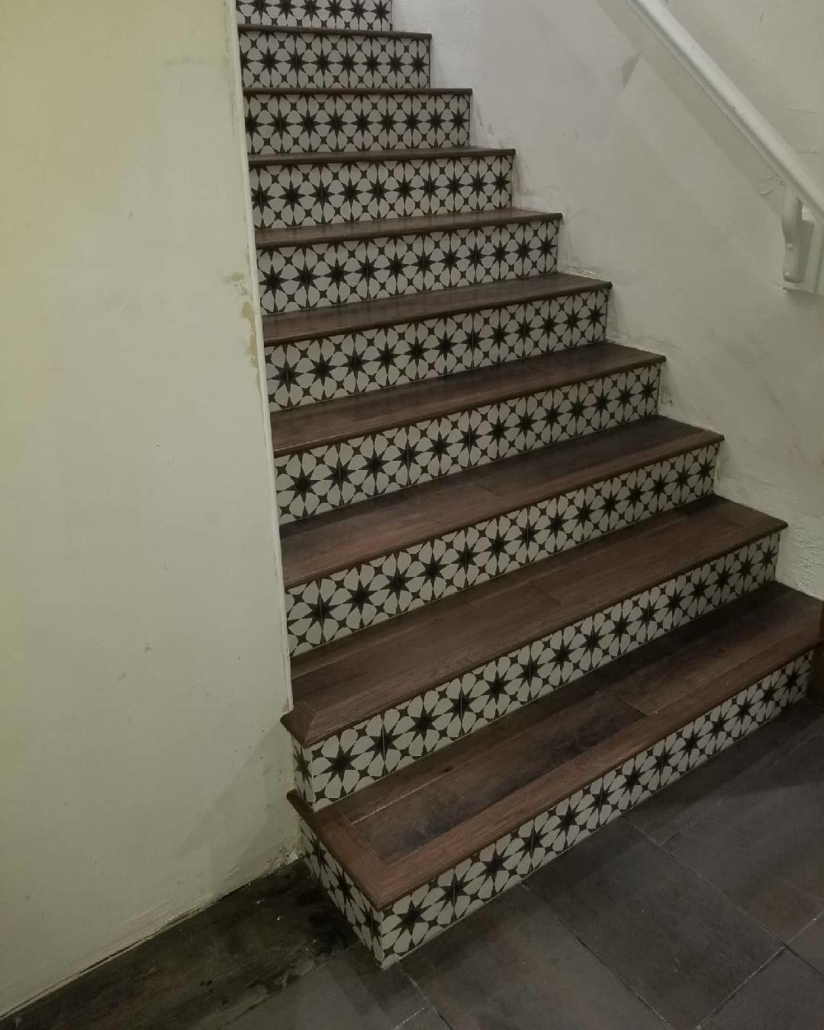 legend-flooring-deco-tile-with-wood-stairs